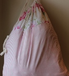 CUSTOMIZABLE LAUNDRY BAG~VINTAGE ROSE CREAM