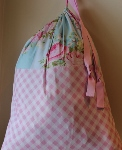 CUSTOMIZABLE LAUNDRY BAG~VINTAGE ROSES BLUE