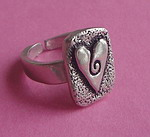 PEWTER RING ~ HEART