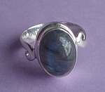 SIMPLE LABRADORITE RING