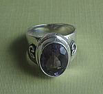AMETHYST WITH HEART RING