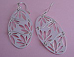 OVAL LEAVES SILVER EARRINGS