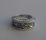 FANCY SWIRLS RING