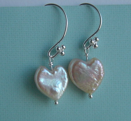 HEART PEARL DANGLES
